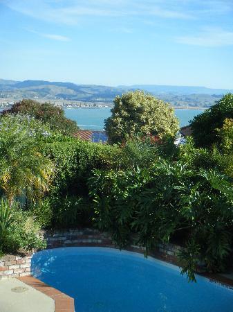 مكهاردي لودج: a view from the verandah