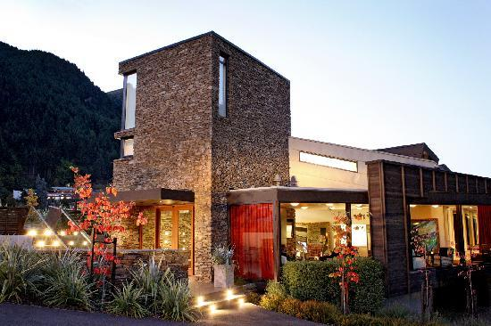 Queenstown Park Boutique Hotel (25394554)