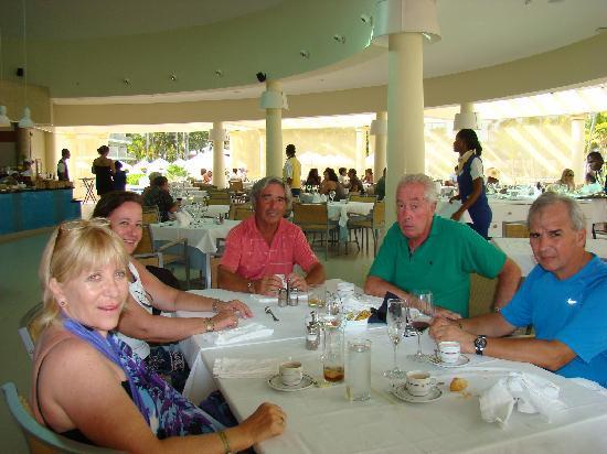 Iberostar Grand Hotel Bavaro: Buenos almuerzos