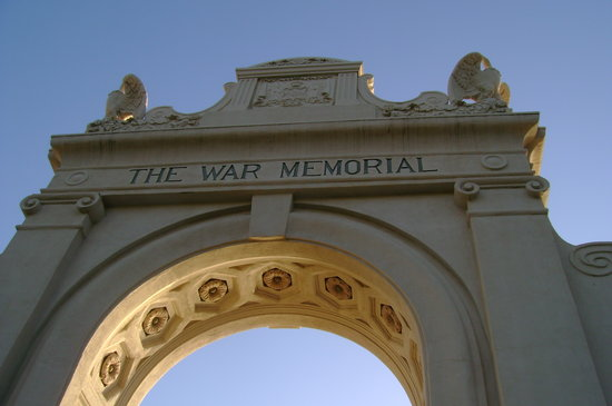 Νησί Oahu, Χαβάη: Wiakiki War Memorial Front Entrance