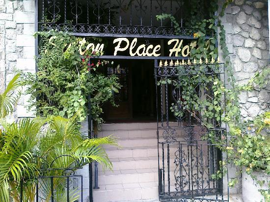 Sutton Place: A VERY NICE GUESTHOUSE INDEED