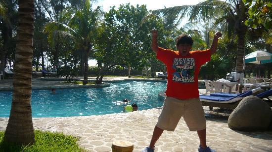Hotel Istirincha: La piscina