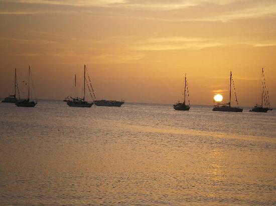 Pedro Gonzáles, Wenezuela: Caribbean sunset