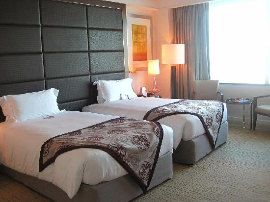 Crowne Plaza Dubai Festival City: Twin Sharing Deluxe Room