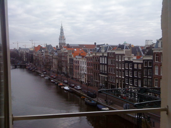 NH Collection Amsterdam Doelen: View across Kloveniersburgwal towards Zuiderkerk from our room on the 3rd floor