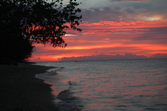 Labasa, Fiyi: Fiery skies over beautiful Vorovoro island.