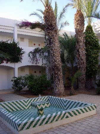 Seabel Rym Beach: jardin inter rieur