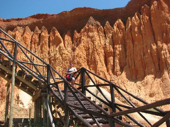Adriana Beach Club Hotel Resort: l'escalier pour accéder à la magnifique plage de sable