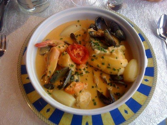 Le Homard Bleu: Marmite des poissons saffranee