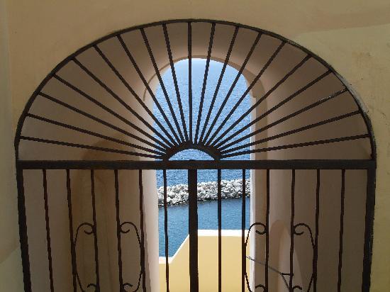 Procida, Italië: Scorcio sul mare