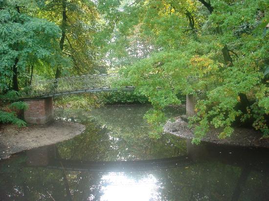 Eremyten Hof: Brücke