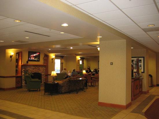 Cortland, NY: lobby