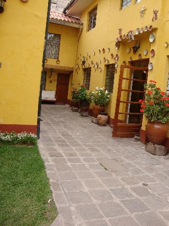El Andariego: Entry to the main office