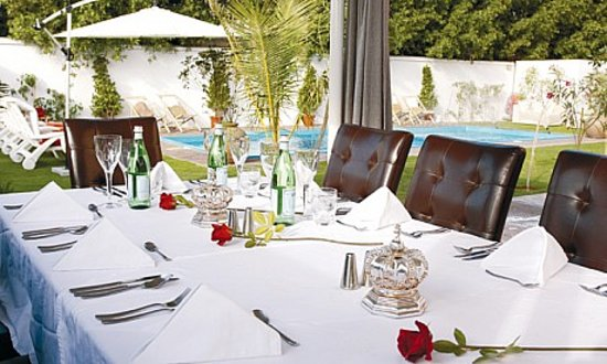 The Jumeirah Garden Guesthouse: The Restaurant @ The Jumeirah Garden