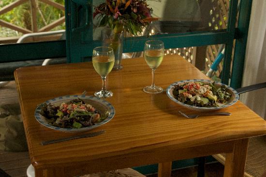 "Aroa Kainga: Ika Mata (of sorts) at the ""dining room"" table"