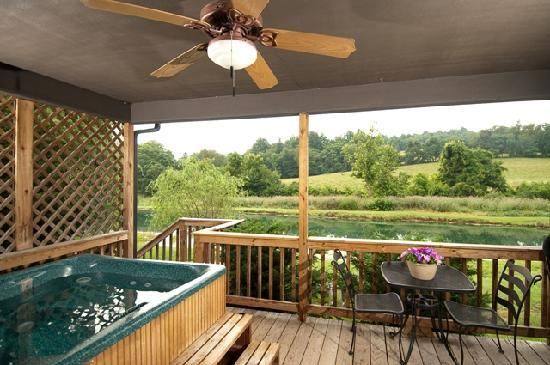 Steeles Tavern Manor Bed and Breakfast: Relax in your private hot tub