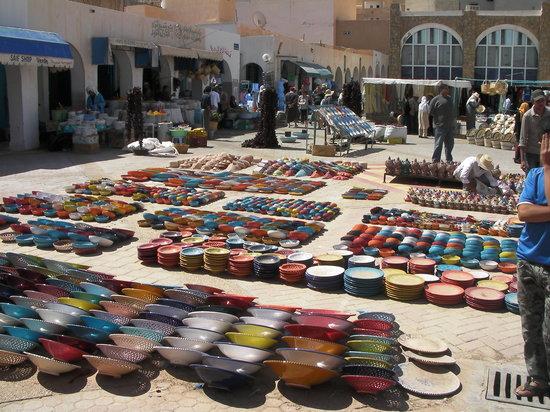Midoun, Tunisia: Marché à Tataouine ( le bout du monde lol)
