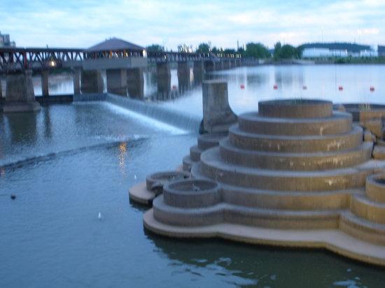 Tulsa, OK: Dam area