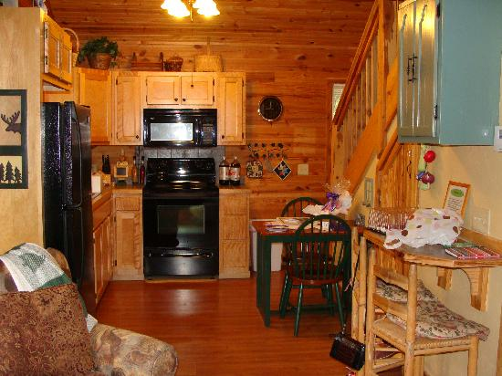 Cabin kitchen area picture of can u canoe riverview Cabins eureka ca