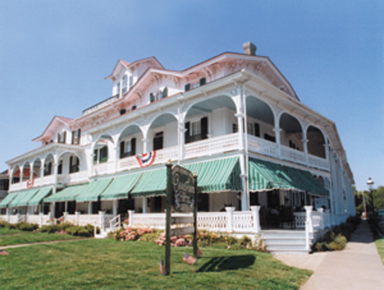 The 12 best cape may n j family hotels kid friendly for Blue fish inn cape may nj