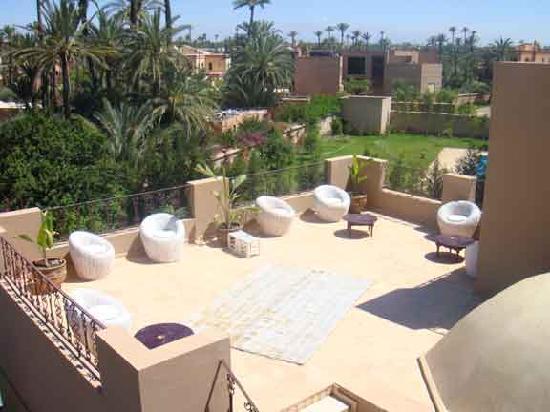 Dar Selwan Wellness & Spa : One of 3 roof terraces