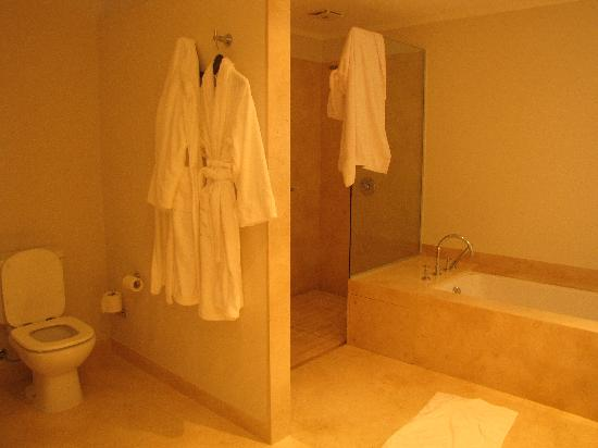 Le Biblo, Hotel Boutique: Bathroom