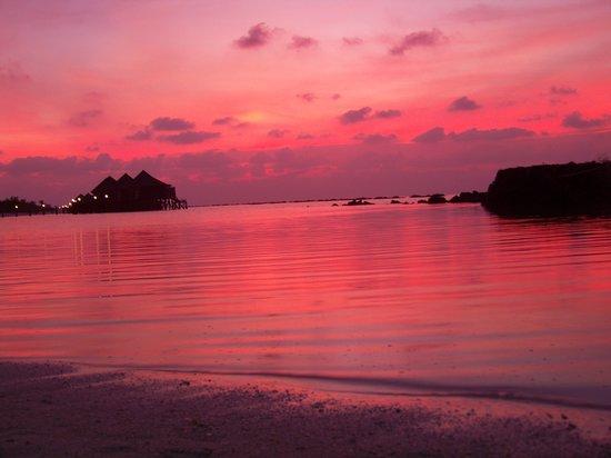 Kuredu: Sunset