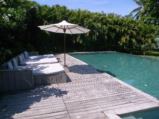 Knai Bang Chatt: the pool