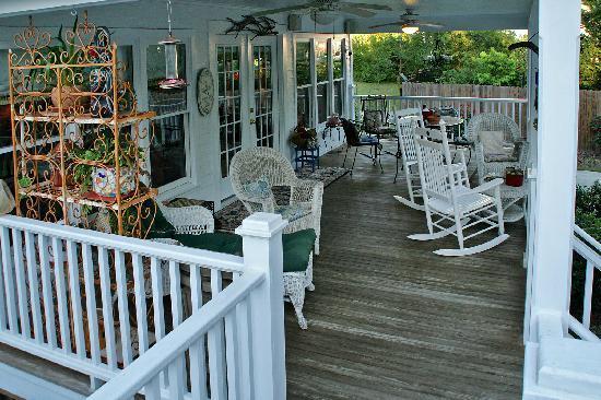 The Rutledge Inn : Relax and unwind