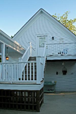 The Rutledge Inn : Apartment Entrance