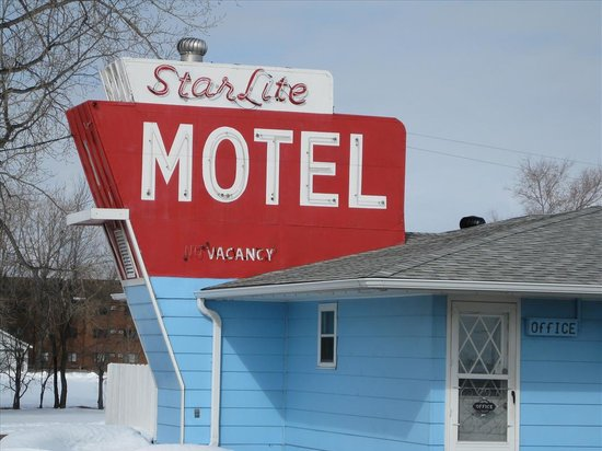 Star Lite Motel: Neon sign