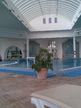 "Royal Azur Thalasso Golf : Poll des  benachbarten Hotel ""Bel Azur"""