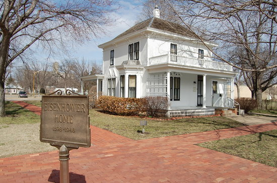 Abilene, KS: President Eisenhower's Boyhood Home