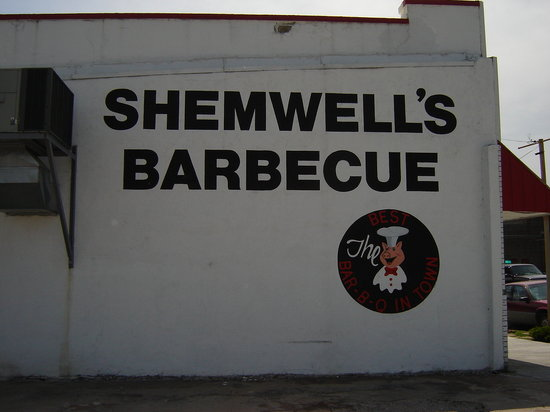 Shemwell's Barbecue Downtown: Exterior advertising