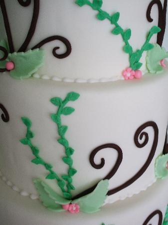 Sweet Dreams Cakery Wedding Cake