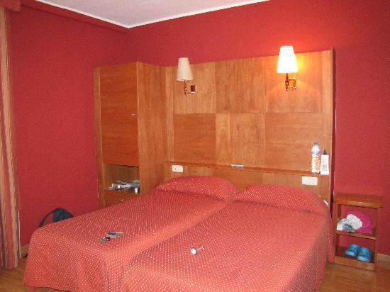 Hotel Ridomar: The room