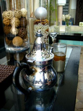Riad 5 Sens: nice mint tea