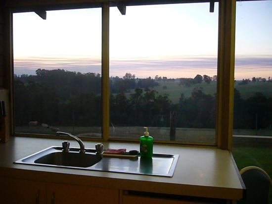Pemberton Farm Chalets : Full Glass Window