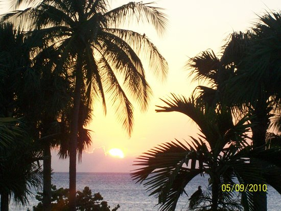 Couples Negril : SUNSET FROM ROOM