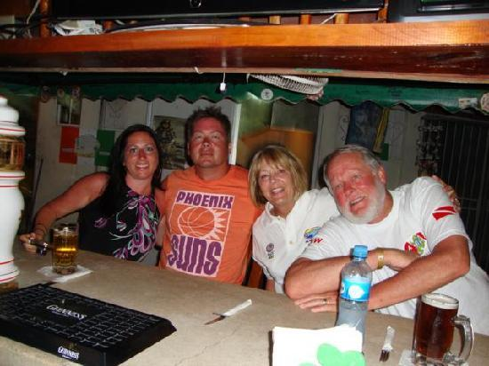 Kelley's Sports Bar and Grill: the family at Kelly's