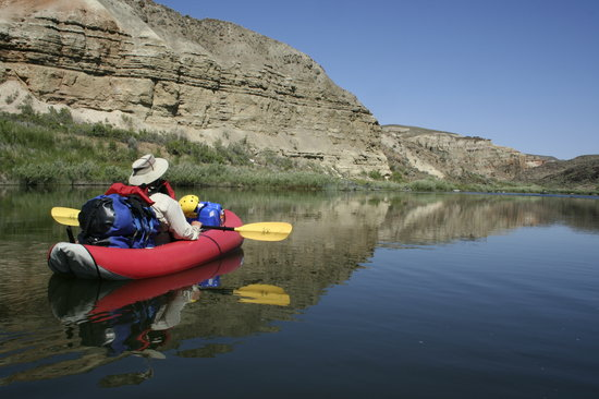 Kokopelli River Guides - Day Trips: Inflatable kayaking on the Lower Owyhee River
