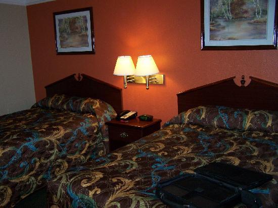 Howard Johnson Inn - Historic Lake Charles: Double Room