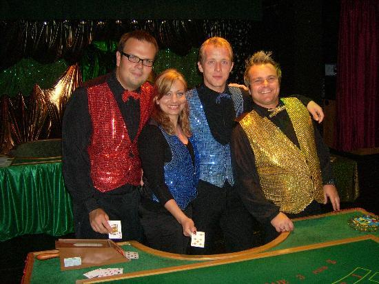 Hotel Globales Sumba: Patrik, Sandra, Dieter and Miguel, the great Entertainment team