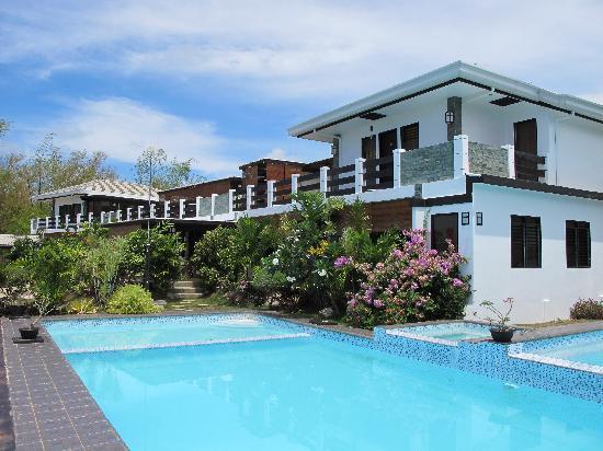 La Pernela Beachfront Resort: the pernela