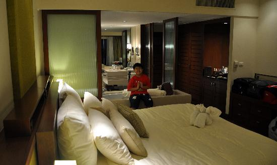 Anantara Si Kao Resort : family pool terrace bedroom 1