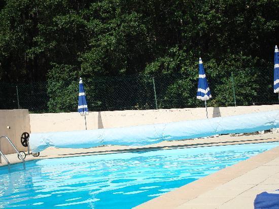 Villecroze, France: Piscine - Swiming pool