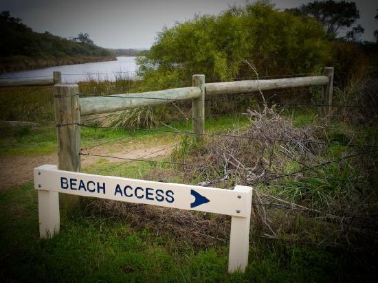 Ramada Resort Dunsborough: Beach access