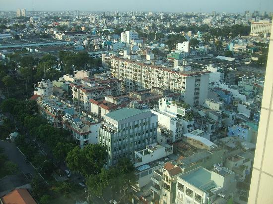 Windsor Plaza Hotel: The view of HCMC from our room
