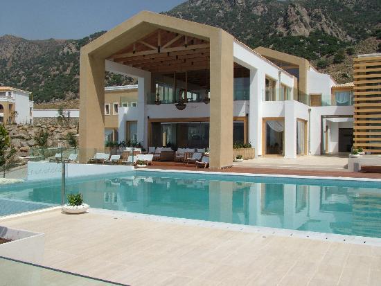 Mitsis Blue Domes Resort & Spa: main bar