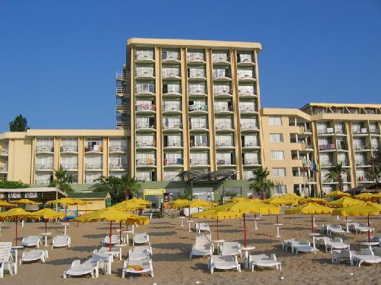SENTIDO Golden Star: Ibero from the beach